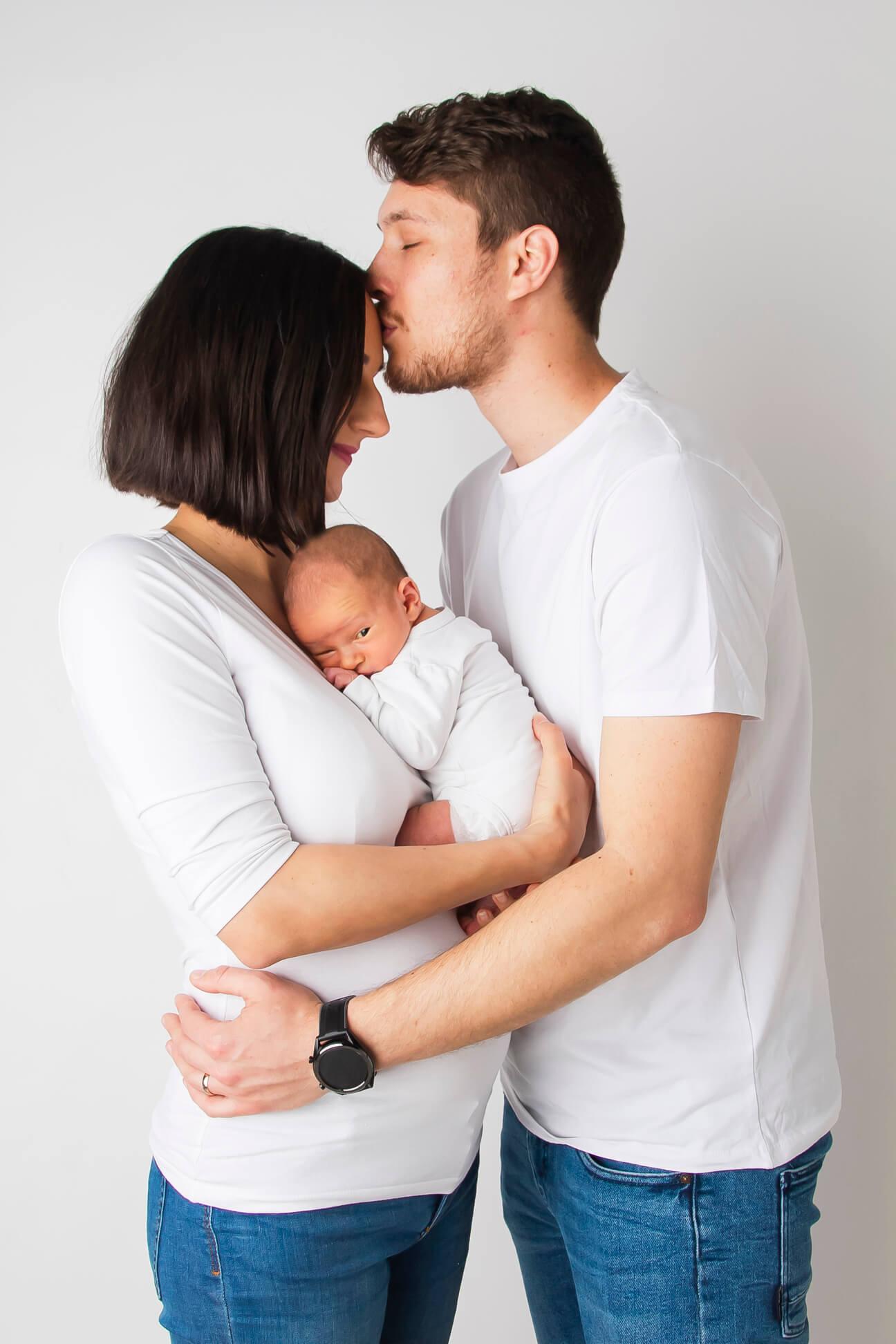Novorodenecké fotenie Nové Zámky - Kitti Photo
